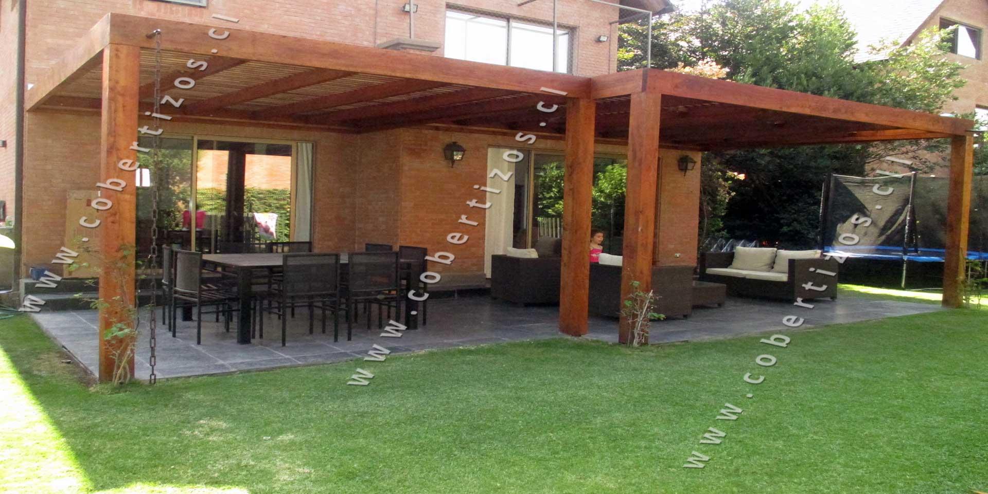 Cobertizos de madera construccion cobertizos de madera for Techos modernos exterior